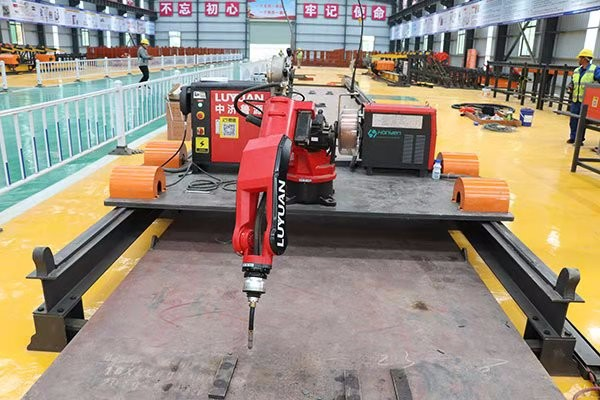 Seven-axis cover beam skeleton sheet welding robot KGL-7R-180000